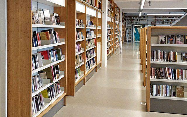 Bibliotheek Utrecht boekenkasten