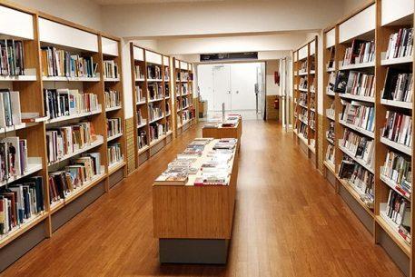 Vika levert boekenkasten bibliotheek Utrecht