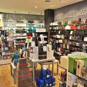 Douglas parfumerie winkelinterieur