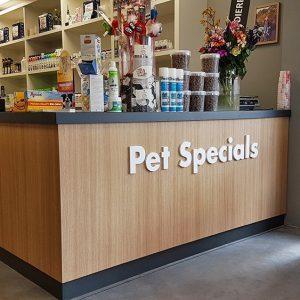 Pet Specials dierenwinkel inrichten
