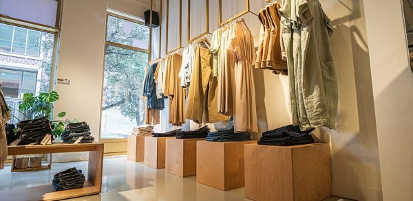 House of Lena kledingwinkel inrichting
