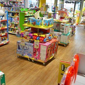 Intertoys winkelinterieur speelgoedwinkel