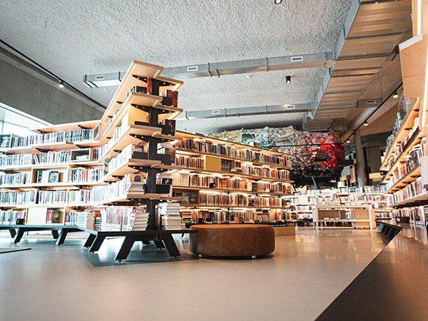Interieurbouw Bibliotheek Alphen